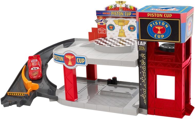 Auta, Garaż rajdowy Złoty Tłok + Zygzak