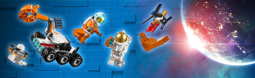 Dwie minifigurki astronautów