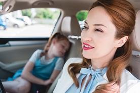 Od kiedy dziecko może podróżować na przednim siedzeniu w samochodzie?