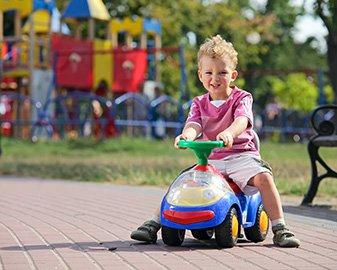 Jeździki dla dzieci. Ranking 10 najpopularniejszych modeli