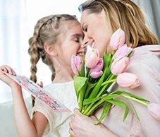 Oryginalny prezent na Dzień Matki od dziecka. 7 ciekawych pomysłów