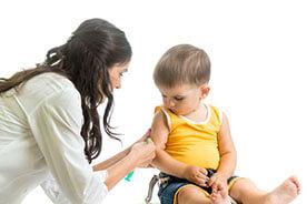 Szczepienia dzieci - lekarze radzą szczepić!