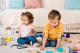 Zestawy plastyczne dla dzieci - przegląd kreatywnych propozycji