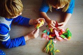 Origami dla dzieci – 9 zestawów w sam raz dla początkujących