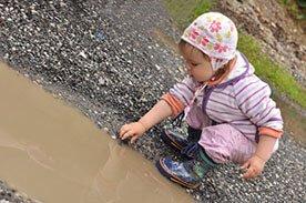 16-ty miesiąc życia dziecka - Rozwijanie ciekawości dziecka