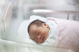 Pierwsze 28 dni - 1 miesiąc życia dziecka poza brzuszkiem