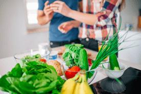 Dieta na płodność – co jeść, by zwiększyć szanse na zajście w ciążę
