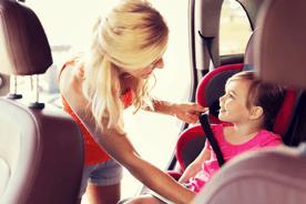 Do kiedy dziecko musi jeździć w foteliku?