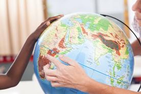 Dziecko poznaje świat. Mapy i atlasy geograficzne dla dzieci – przegląd propozycji