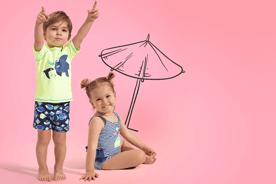 Stroje kąpielowe i stylizacje na plaże - dla chłopców i dziewczynek