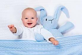 Czym przykrywać niemowlę?