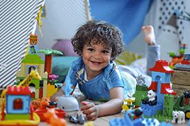 Jak wspierać rozwój małego dziecka poprzez zabawę? - część 2