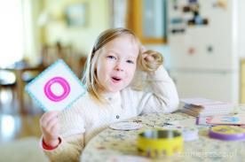 Jak rozwijać koncentrację u dziecka - pomysły na zabawy, które pomogą ćwiczyć uważność