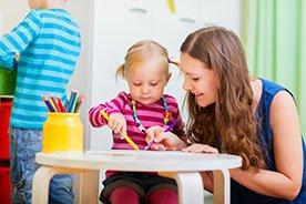 Opiekunka czy przedszkole? Jakie rozwiązanie będzie lepsze dla twojego dziecka?