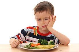 Kiedy dziecko nie chce jeść warzyw - jak zachęcić dziecko do jedzenia warzyw