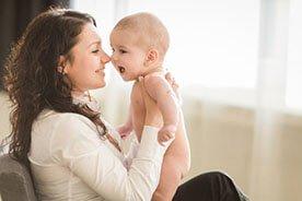 Pierwszych dwanaście miesięcy - czyli jak wygląda pierwszy rok życia dziecka