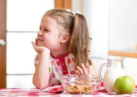 Grymasy malca przy jedzeniu. Jak sobie z nimi radzić?