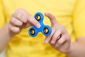 Fidget spinner – zabawka, która podbija świat
