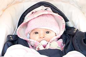 Jaki kombinezon dla niemowlaka wybrać?