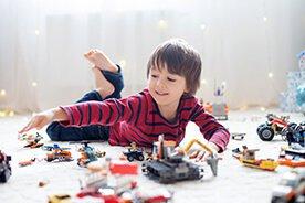 Najlepsze prezenty dla chłopca – 10 sprawdzonych pomysłów