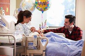 Ważne zasady pierwszych odwiedzin u noworodka