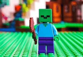 Co to jest Minecraft? Jakie zabawki mogą spodobać się małemu fanowi serii?