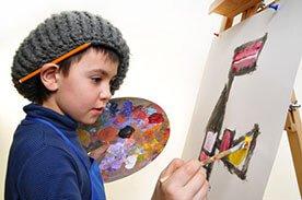 Jak wykorzystać dziecięce obrazki i rysunki