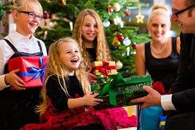 Nietrafiony prezent. Jak maluch powinien się zachować?