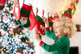 Prezent na Mikołaja dla chłopczyka – 15 sprawdzonych pomysłów na upominek