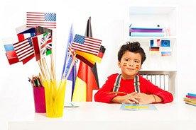 W jaki sposób dzieci uczą się języków obcych?
