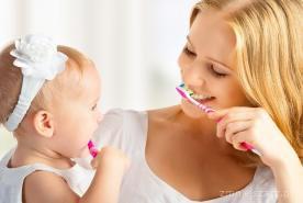 Jak zachęcić dzieci do mycia i dbania o zęby?