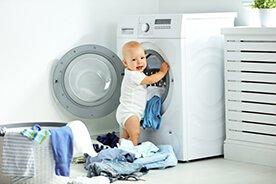 W czym prać ubranka dla niemowlaka?