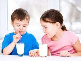 Mleko UHT w szkole - wróg czy przyjaciel dziecka