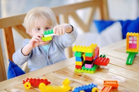 Prezent dla 3 latka - propozycje dla dziewczynki i chłopca